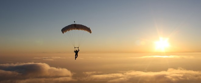 advanced-skydiving-school-01-1200